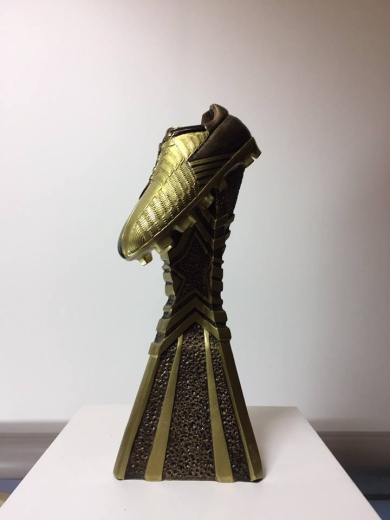 95-football-boot-trophy